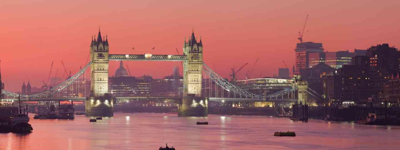 Thames at sunset (Dreamstime)