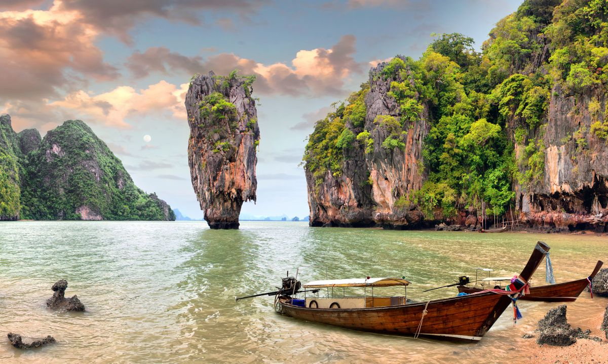 how to visit james bond island and avoid the crowds. Black Bedroom Furniture Sets. Home Design Ideas