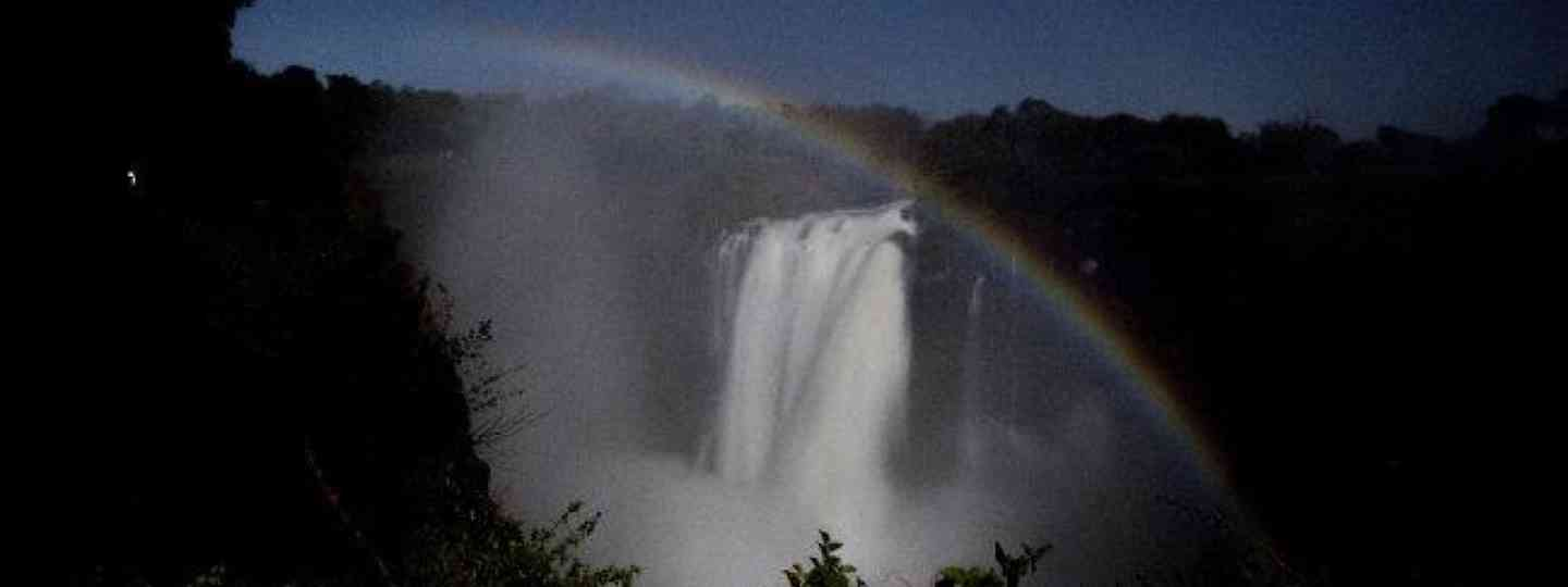 Moonbow over Vic Falls (Edwina Cagol)