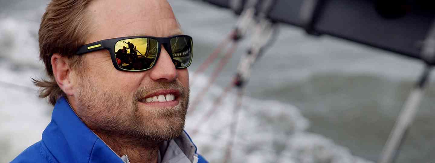 Alex Thomson on the high seas (Vincent Keiner)