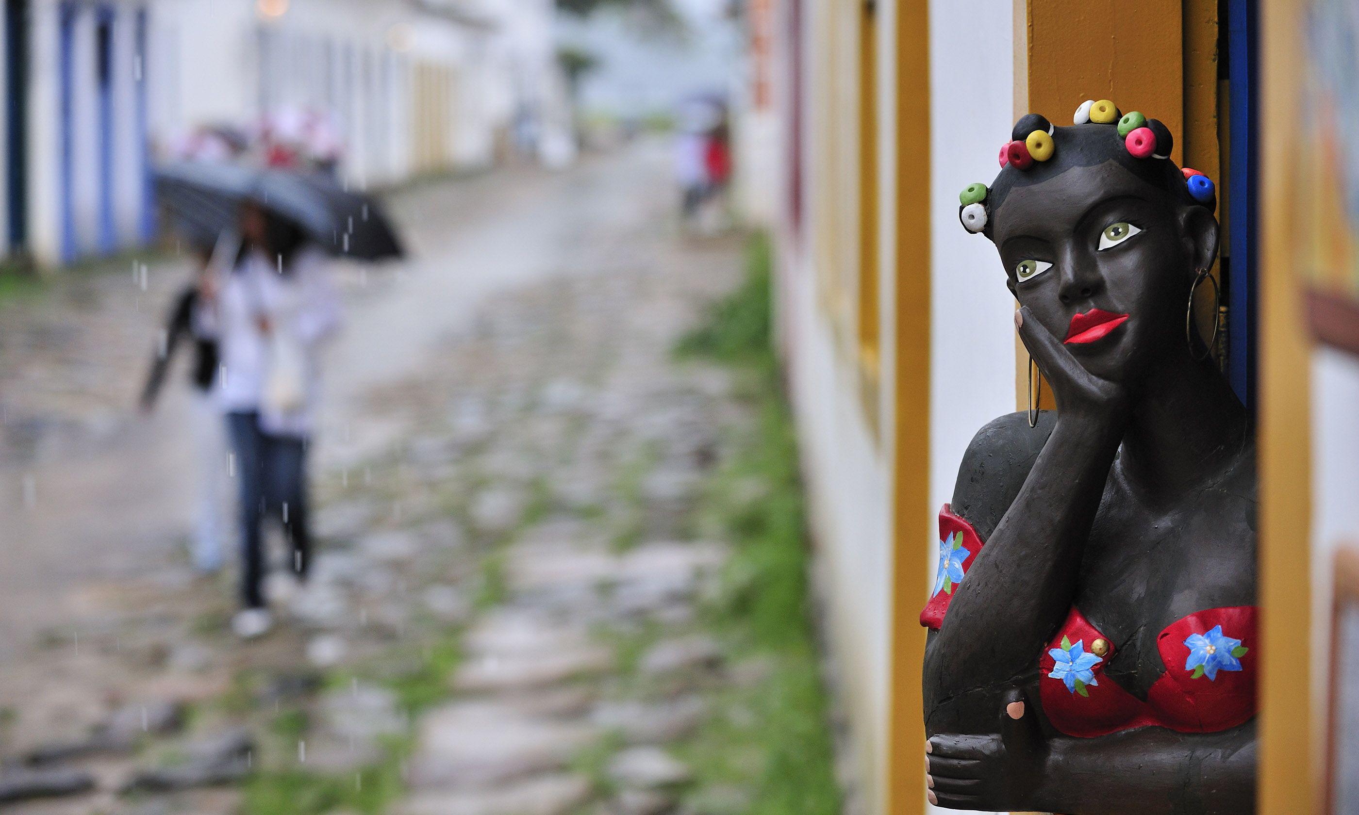 Brazilian colonial street (Shutterstock)