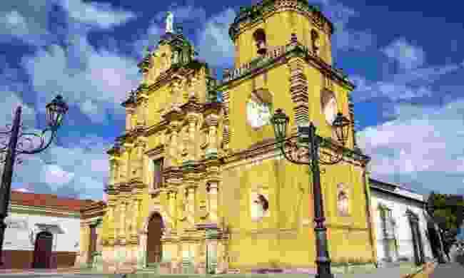 Iglesia de la Recolección in Leon, Nicaragua (Dreamstime)