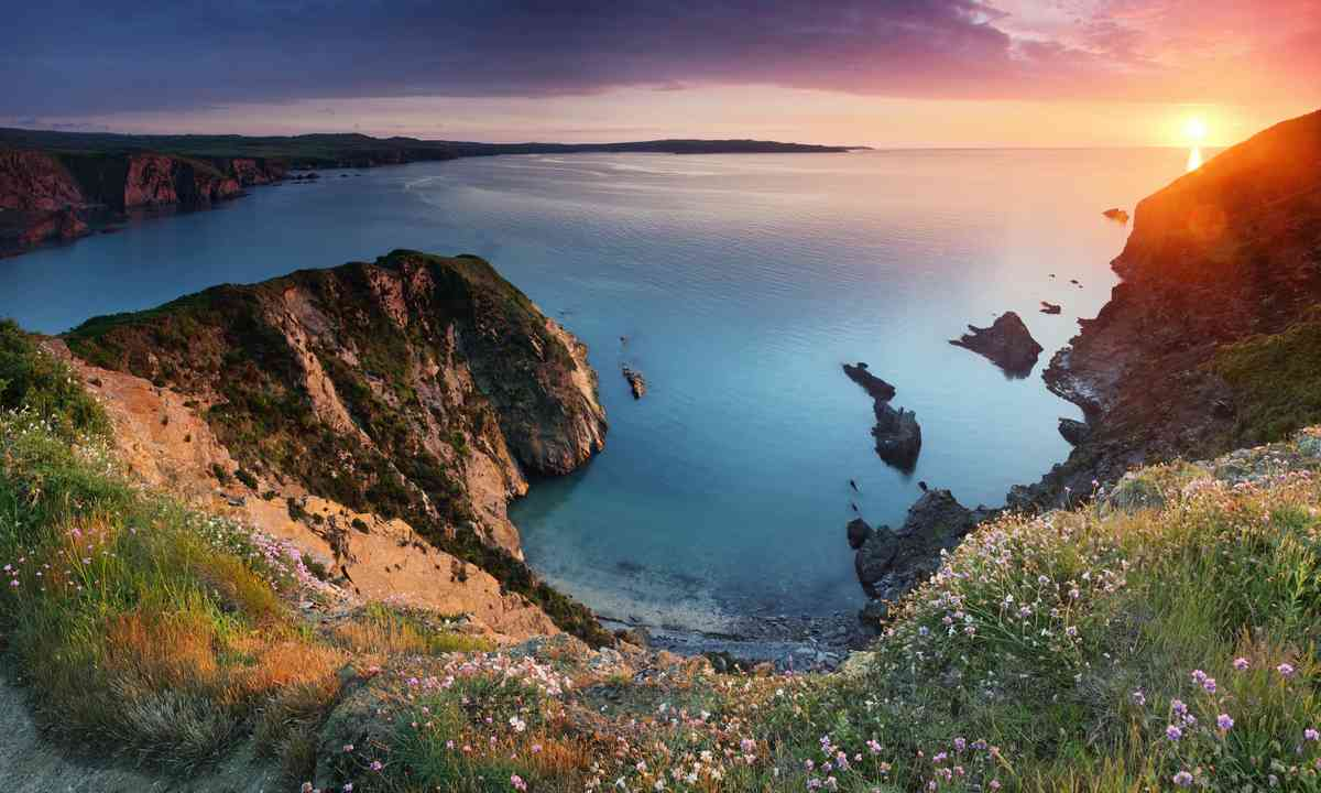 Sunset on the Pembrokeshire Coast (Dreamstime)