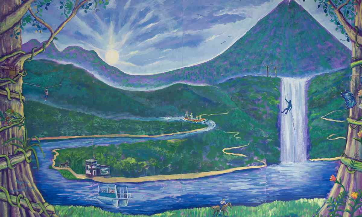 Mural in La Fortuna, Costa Rica (www.shutterstock.com)