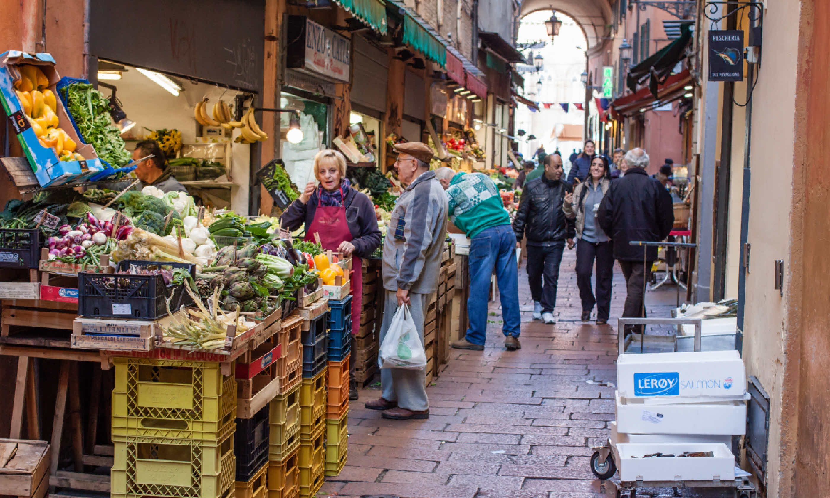 "Grocery stores in the ""Quadrilatero"" in Bologna (Shutterstock)"