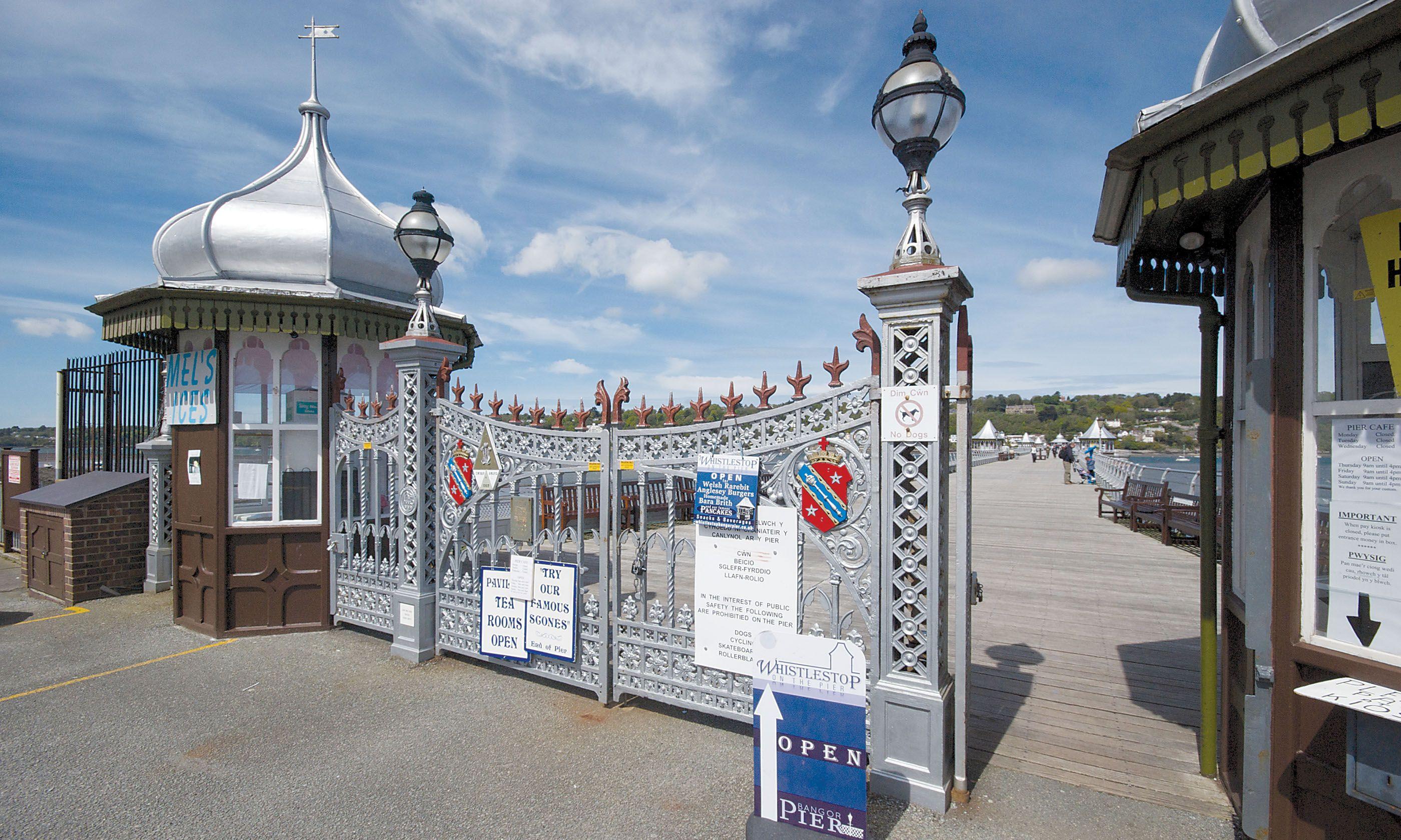 Bangor Pier (Tim Phillips – British Seaside Piers)