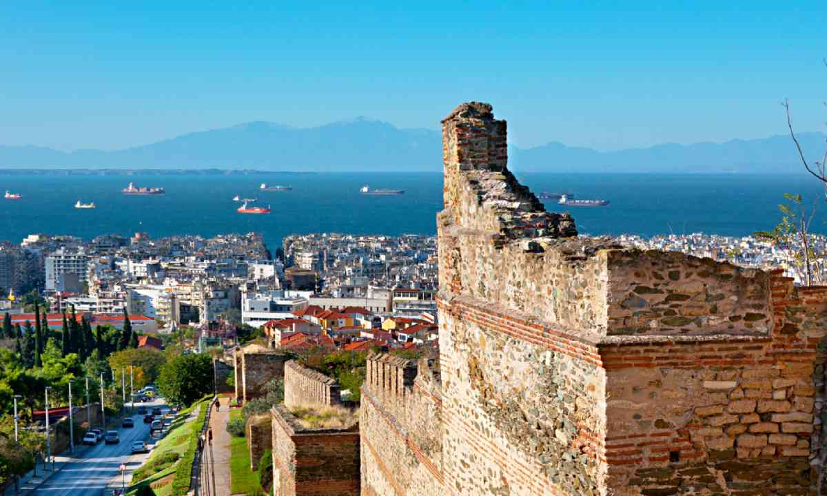 The high ramparts of of Thessaloniki (Shutterstock)