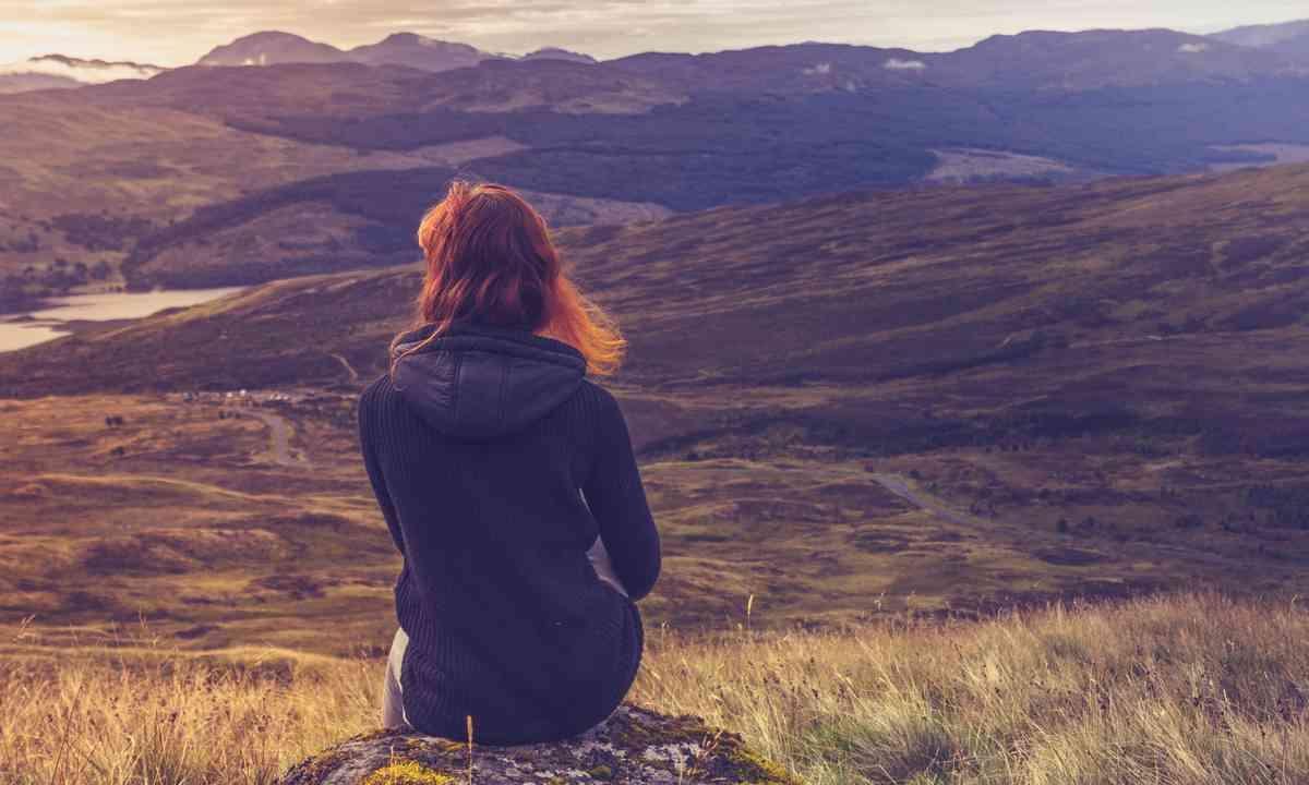 Contemplating the highlands (Shuuterstock.com)