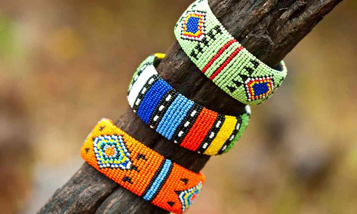 Zulu beaded jewellery (Shutterstock.com)