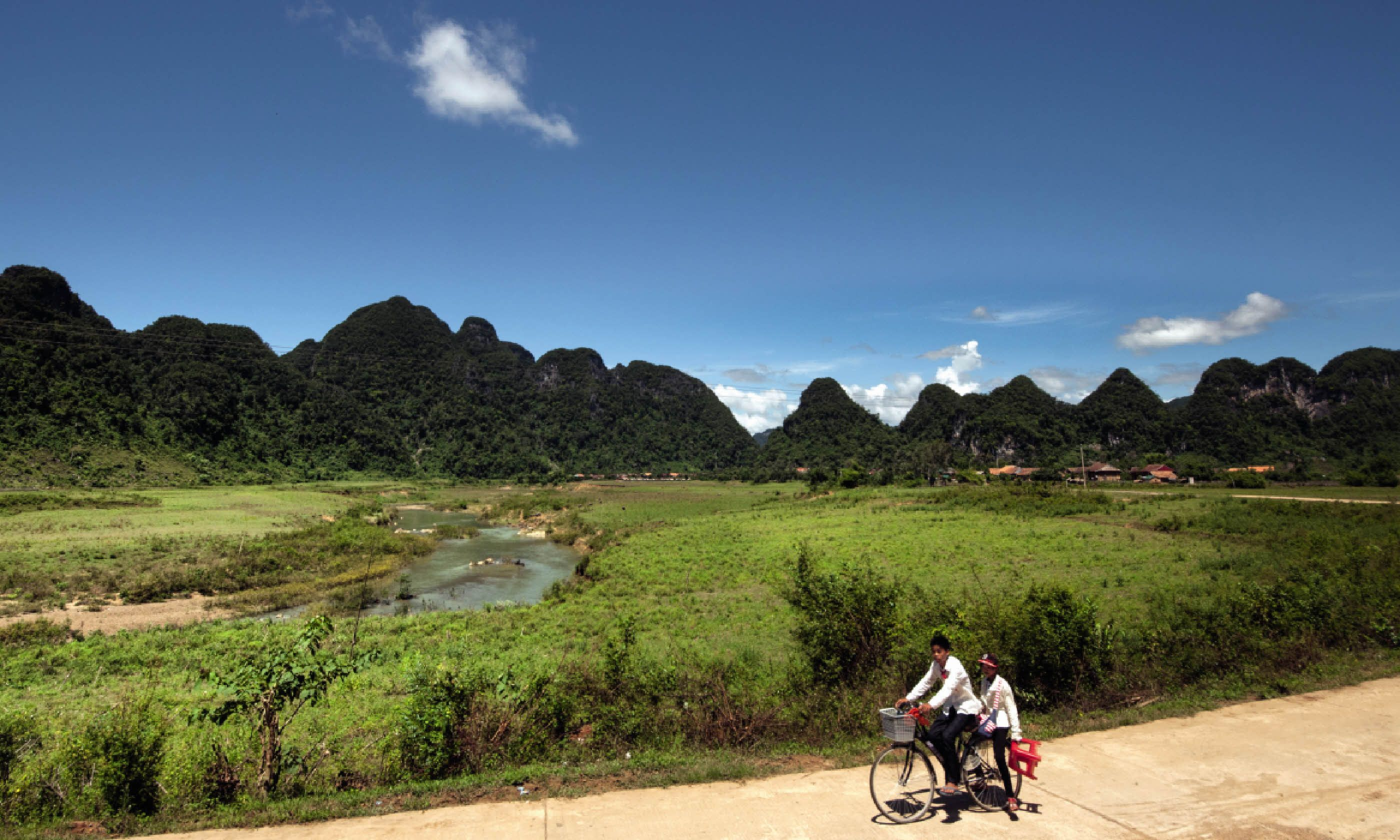 Quang Binh province – who would realise that spider-crammed caves lie beneath? (Photo: David W Lloyd)