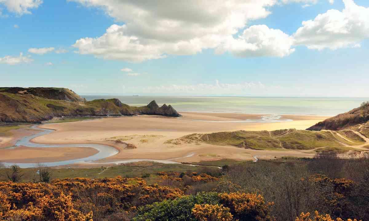 Three Cliff Bay (Shutterstock.com)