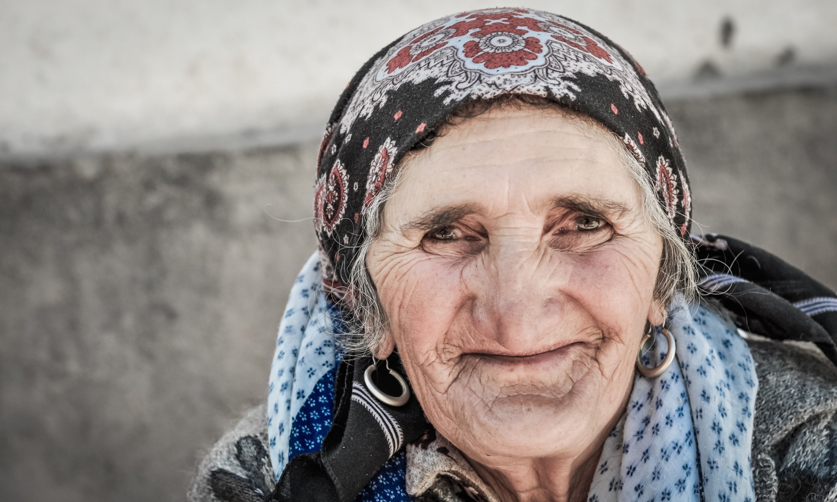 A friendly old lady in Khorog, Tajikistan (Dreamstime)