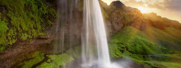 Seljalandsfoss waterfalls, Iceland (Shutterstock: see credit below)