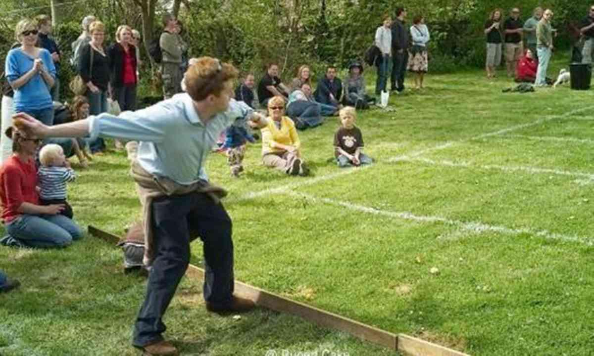 Knob throwing in Dorset (Visit Dorset)