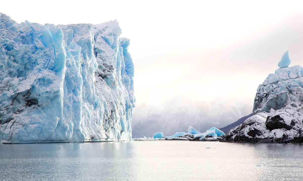 Perito Moreno glacier (Shutterstock.com)