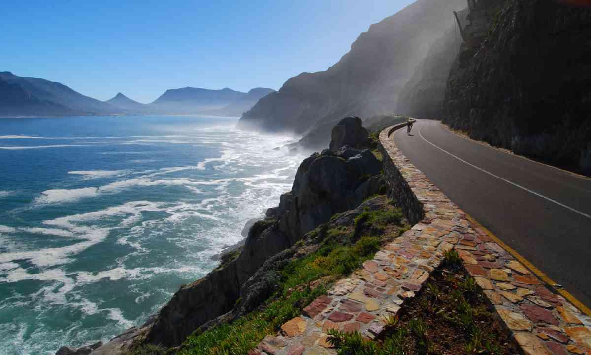 Chapmans Peak Drive (Shutterstock)