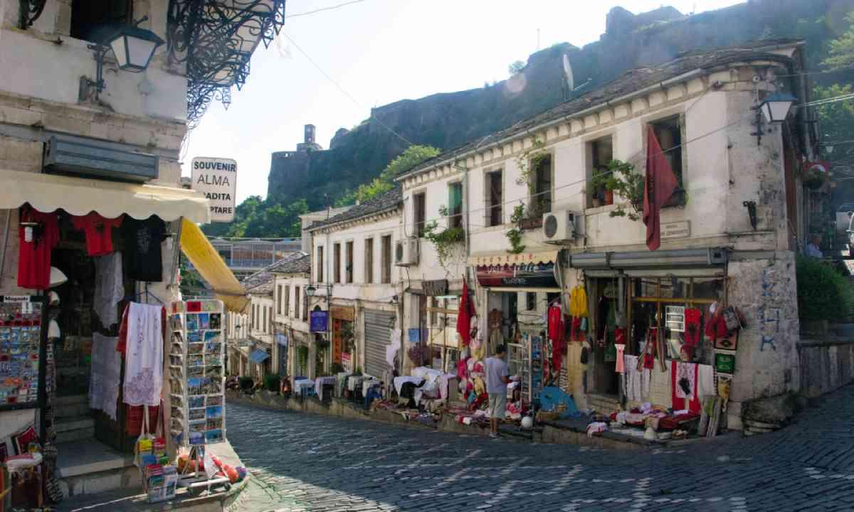 Gjirokaster old town (Lyn Hughes)