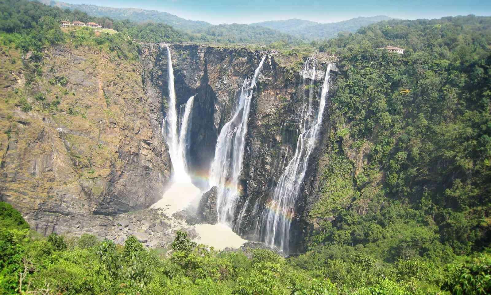 Sivasamudram Falls, India (Shutterstock)