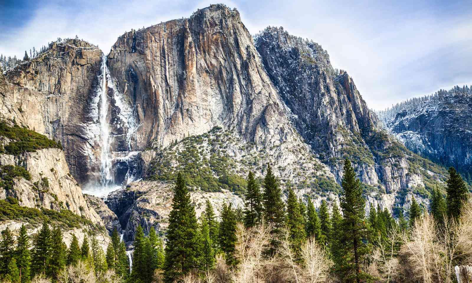 Yosemite Falls, USA (Shutterstock)