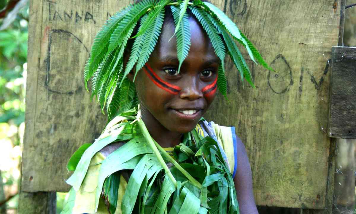 Local girl on Tanna (Dreamstime)