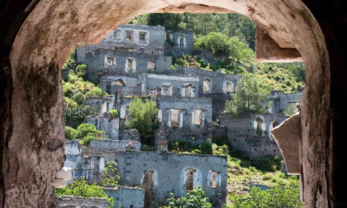 Kayakoy, Turkey (Shutterstock)