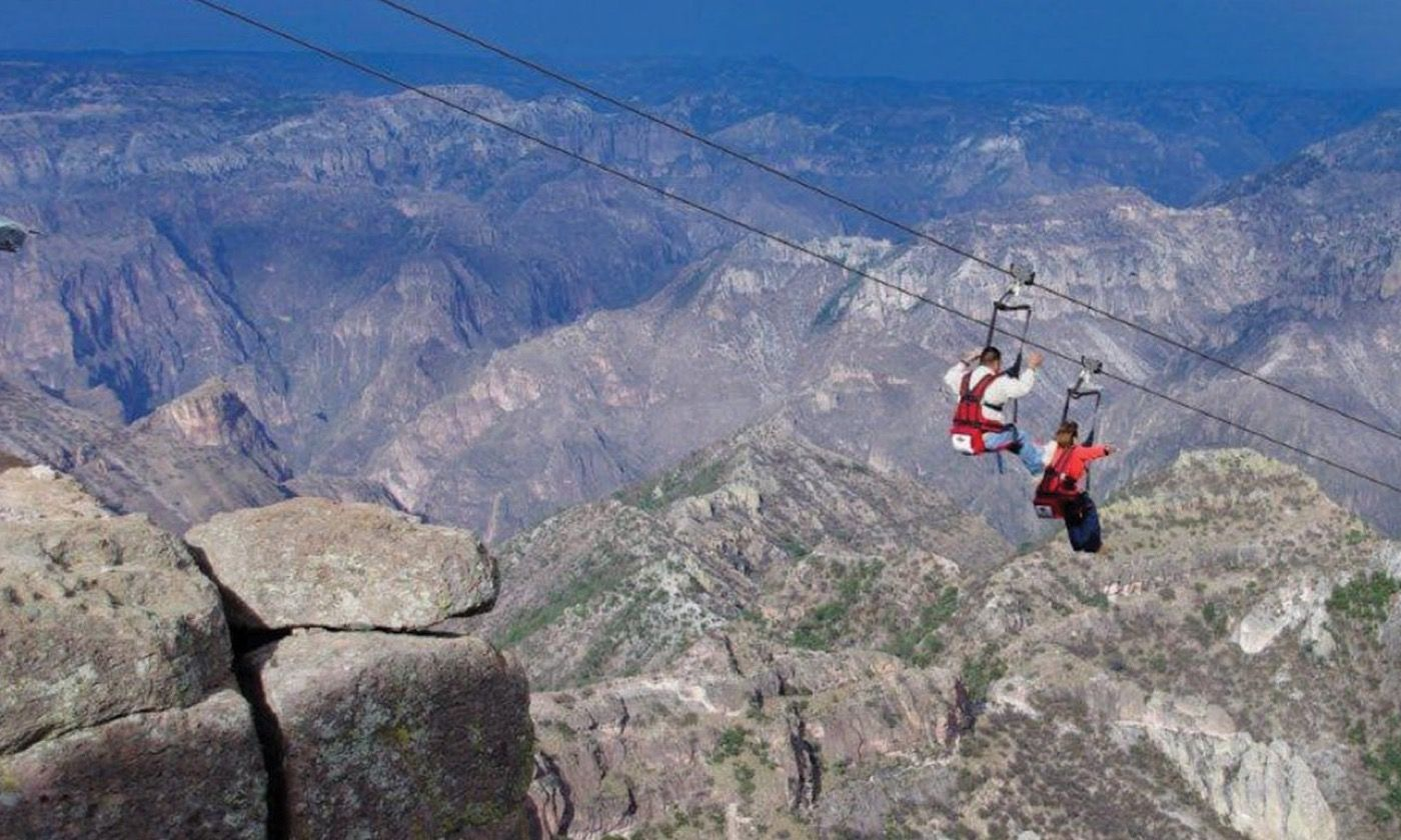 Ziplining across the Copper Canyon (parquebarrancas.com)
