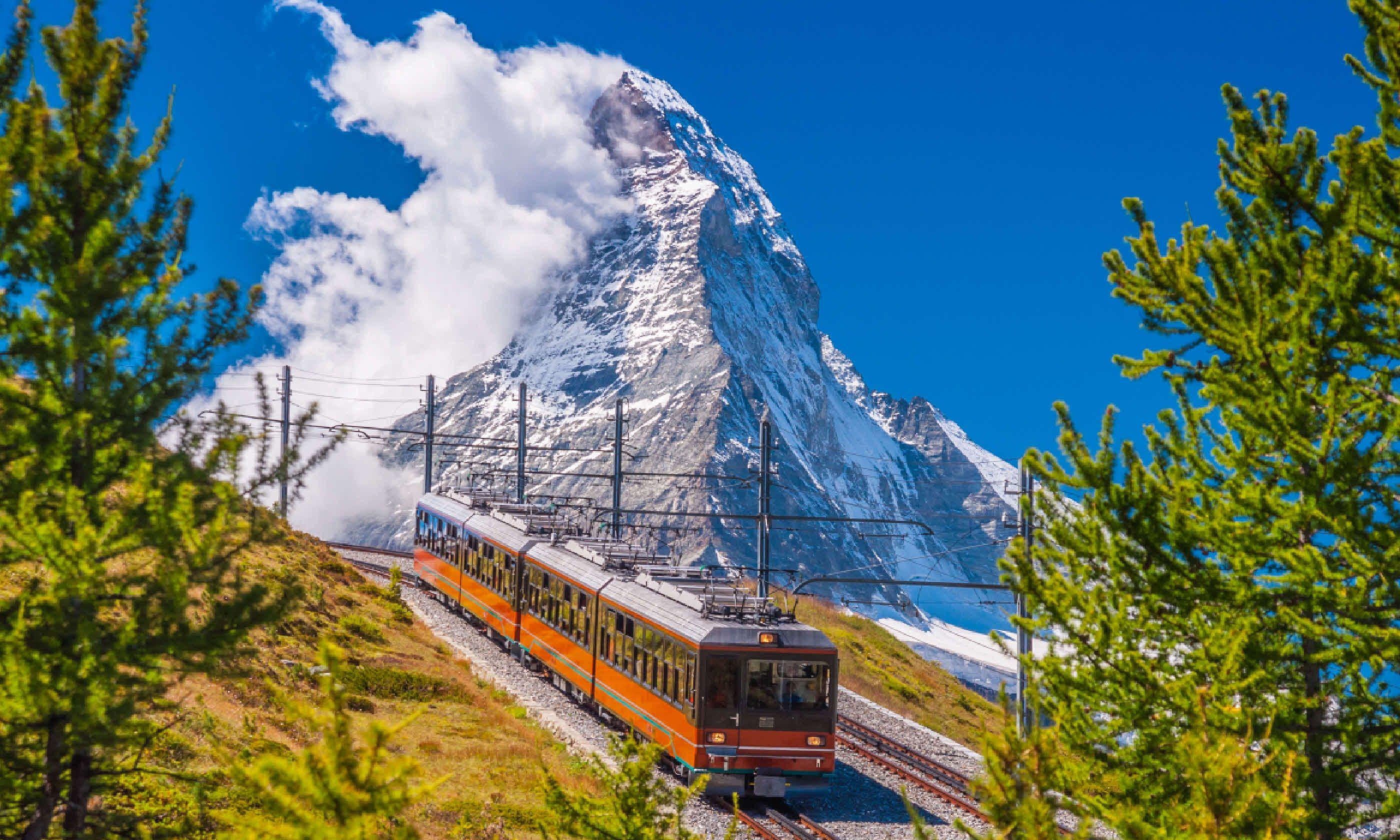 Mountain train in front of Matterhorn peak (Shutterstock)