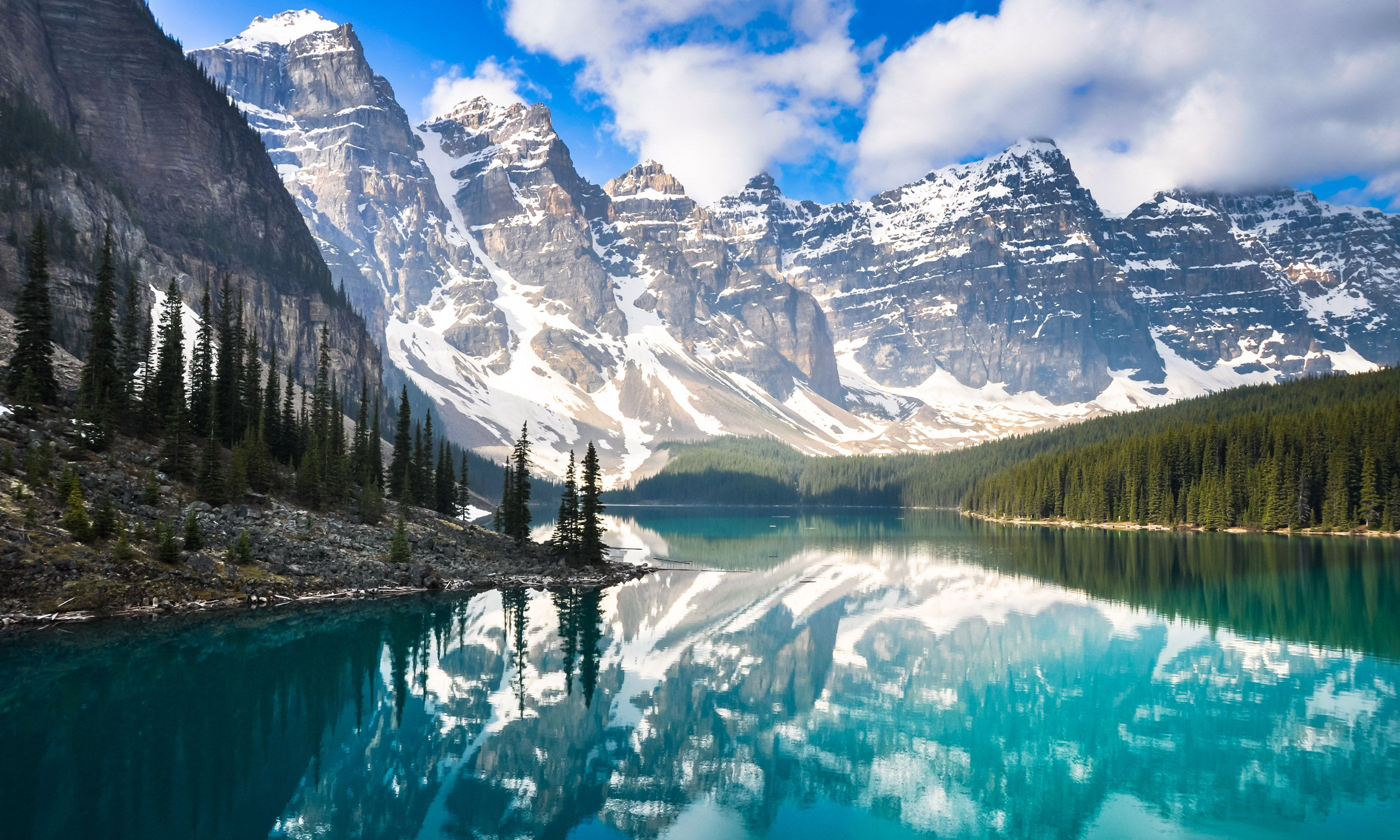 Marine Lake, Rocky Mountains (Shutterstock.com)