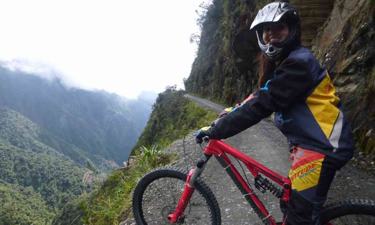 Biking Bolivia's notorious Death Road (Kelly Ross)