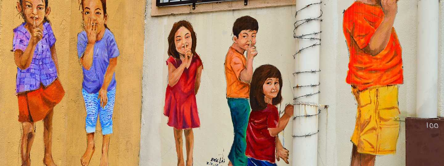 Colourful mural on the streets of Ipoh (Dreamstime)