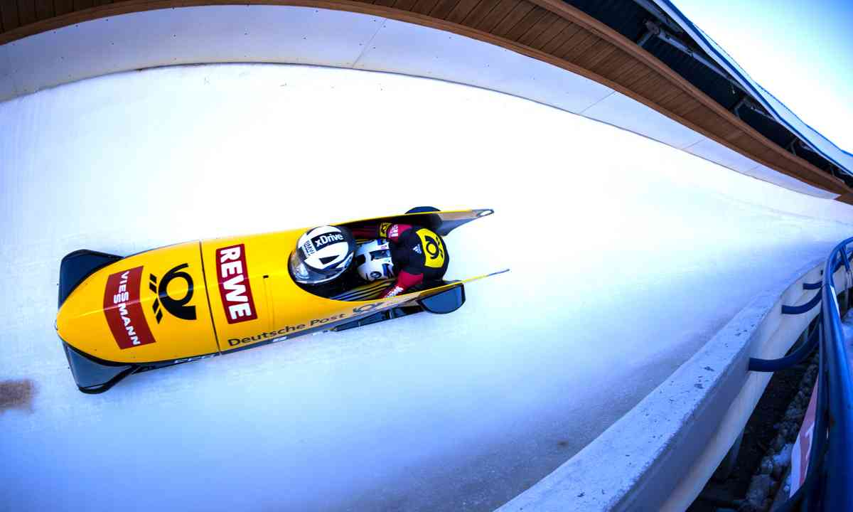 Bobsledding (Dreamstime)