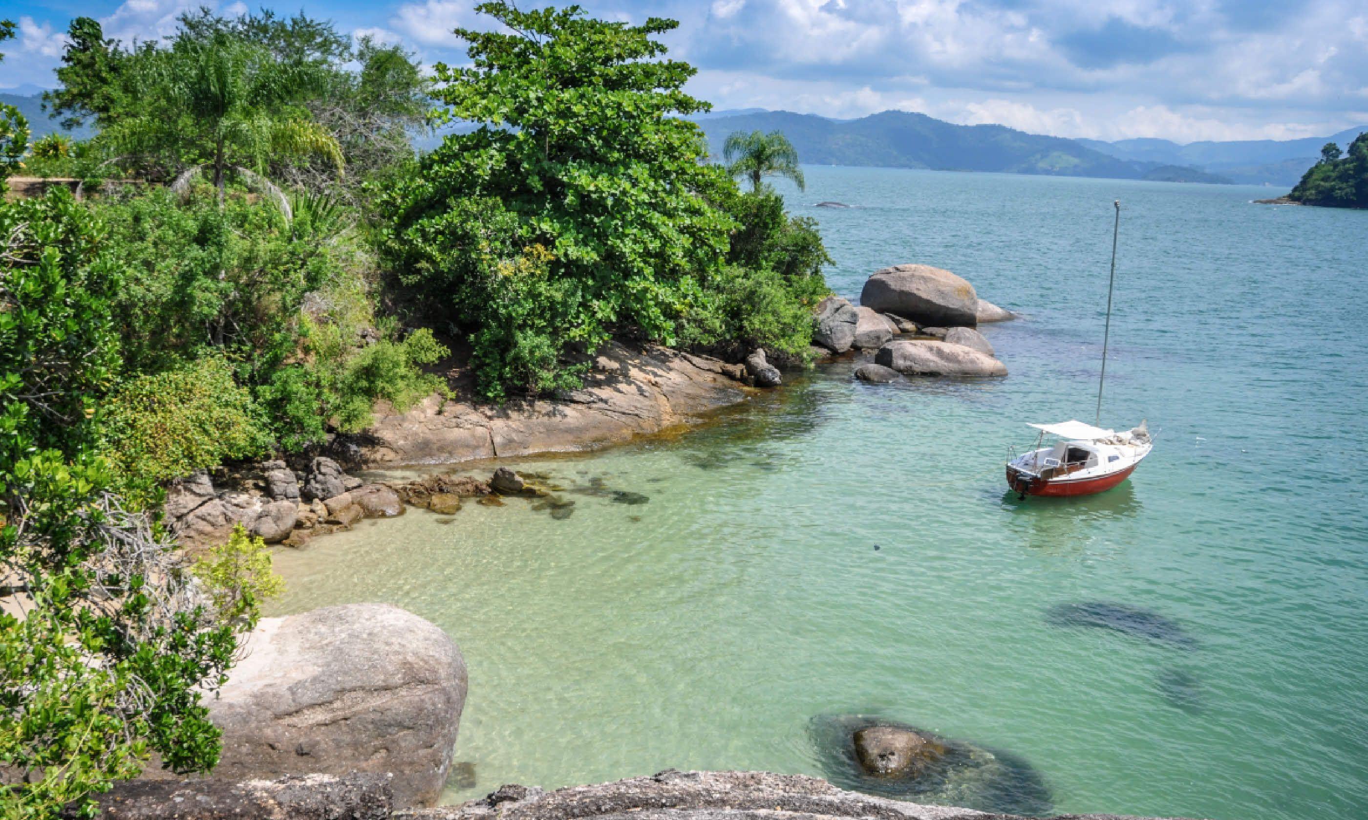 Sailing Brazil (Shutterstock)