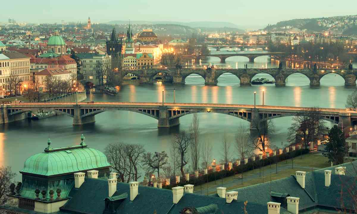 Panoramic view of Prague (Shutterstock.com)
