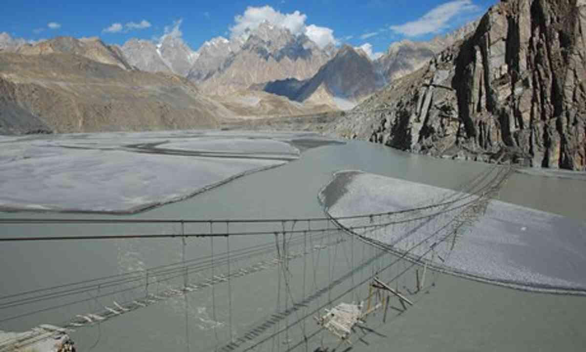 Suspension bridge, Northern Pakistan (Shutterstock.com)