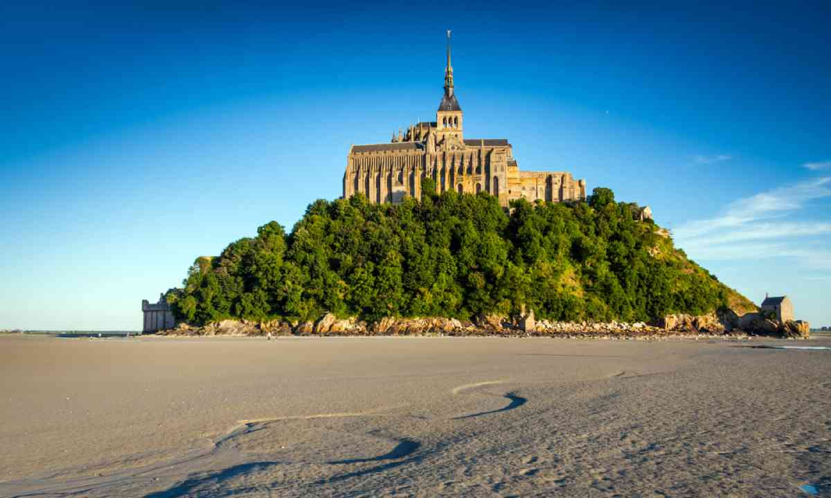 Mont St Michel (Shutterstock)