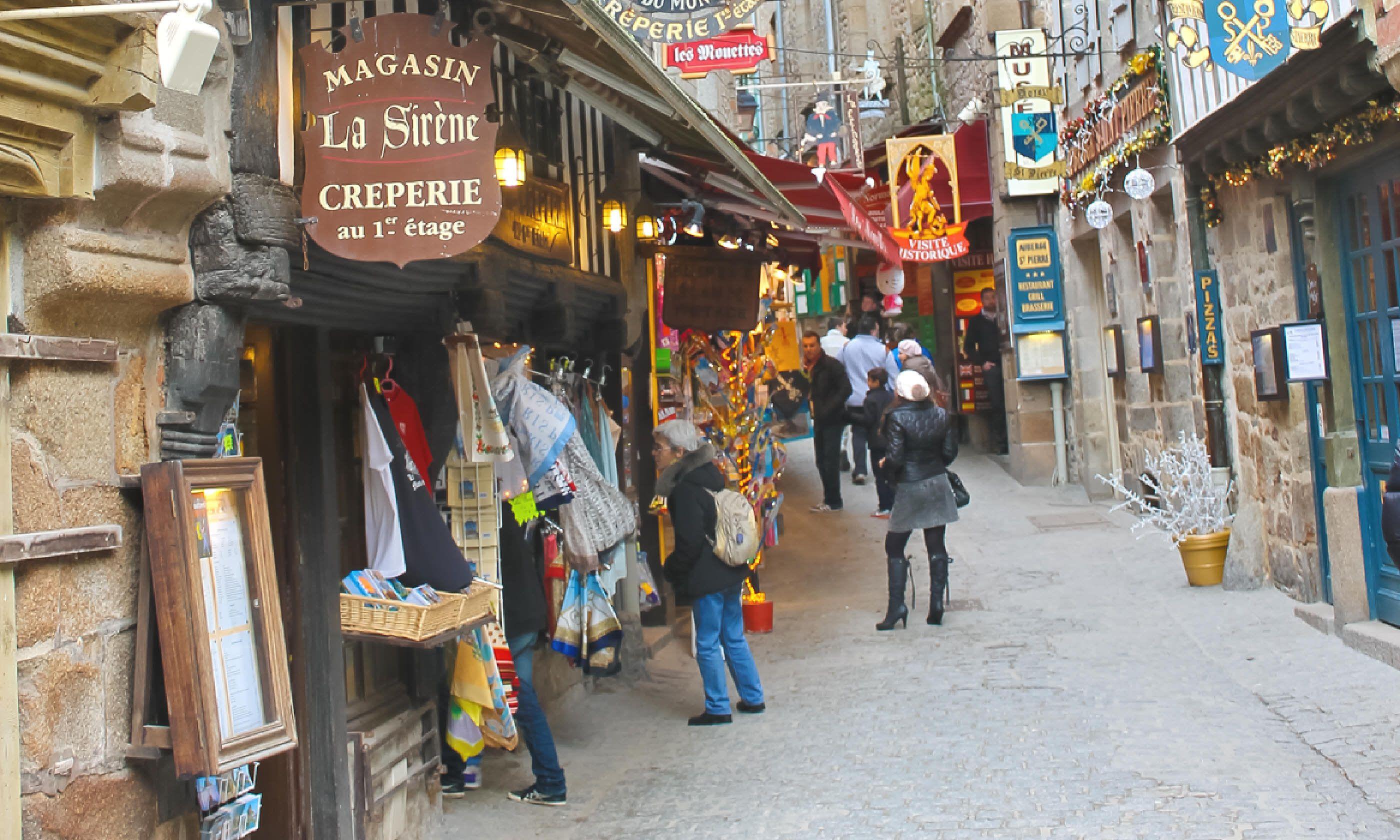 Tourists in Grand Rue (Shutterstock)