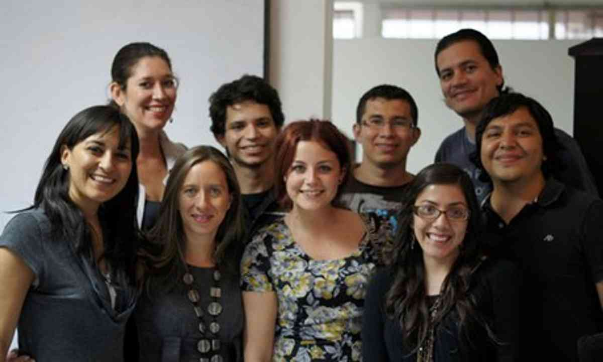 Happy interns abroad (Gemma Fottles)