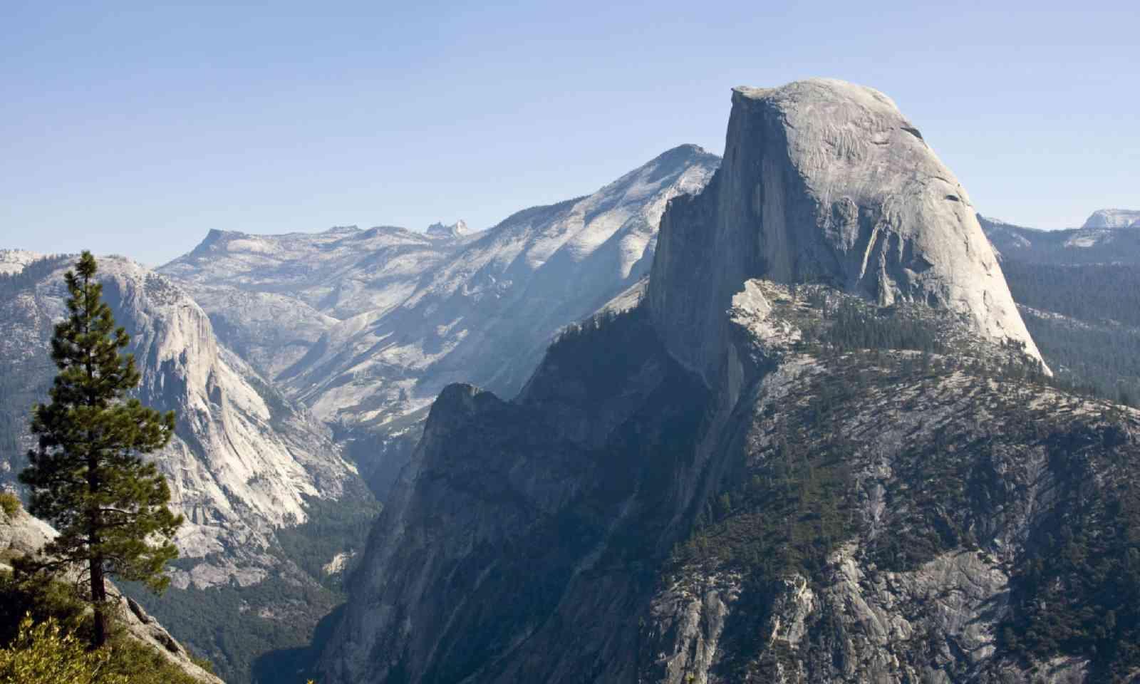 Half Dome mountain (Shutterstock)