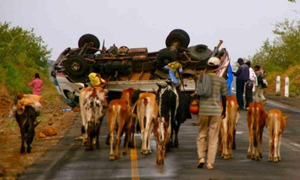 Ethiopian car crash (Charlie Walker)
