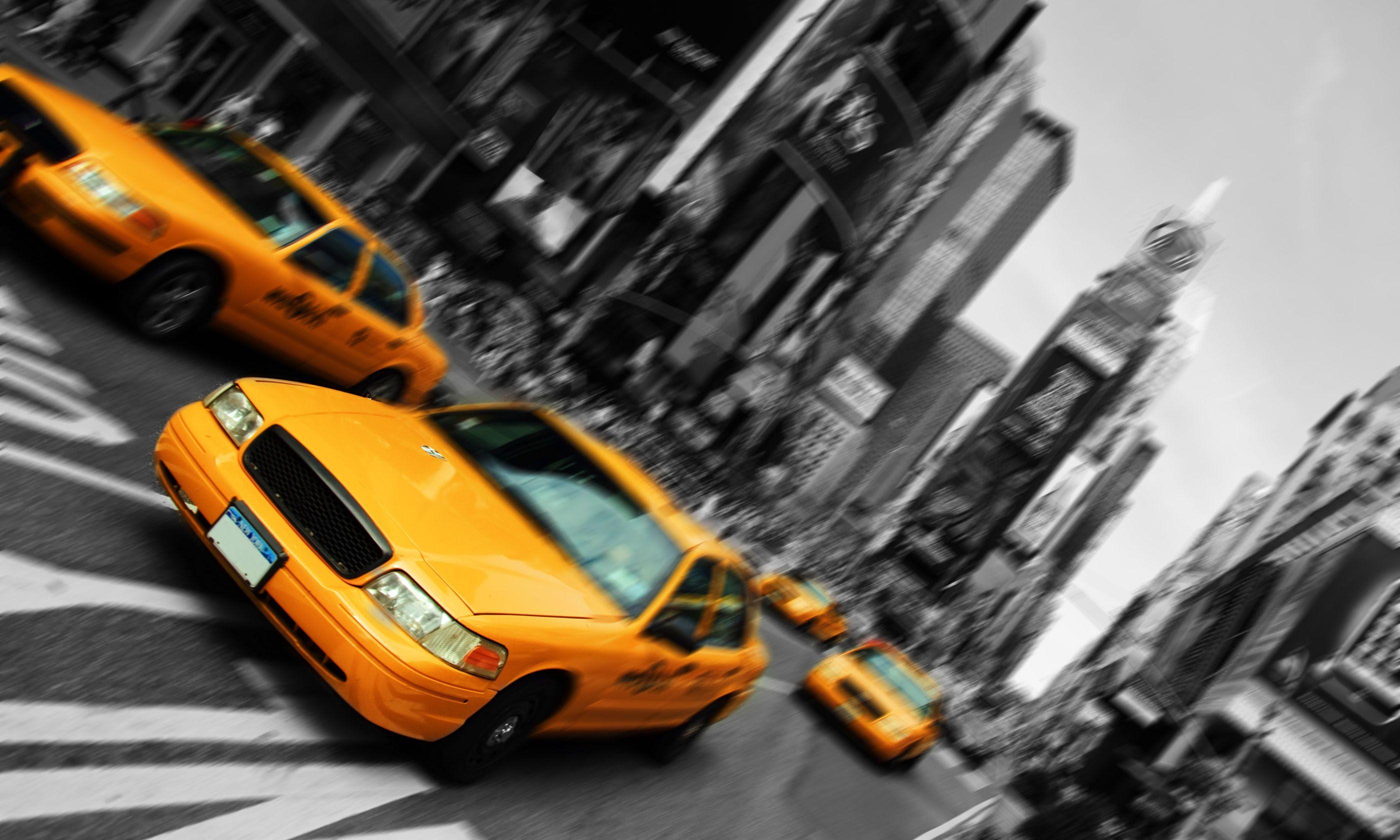 New York cabs (Shutterstock.com)