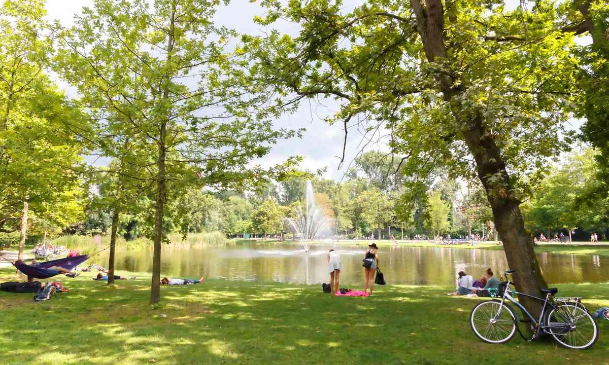 Vondelpark (Shutterstock.com)