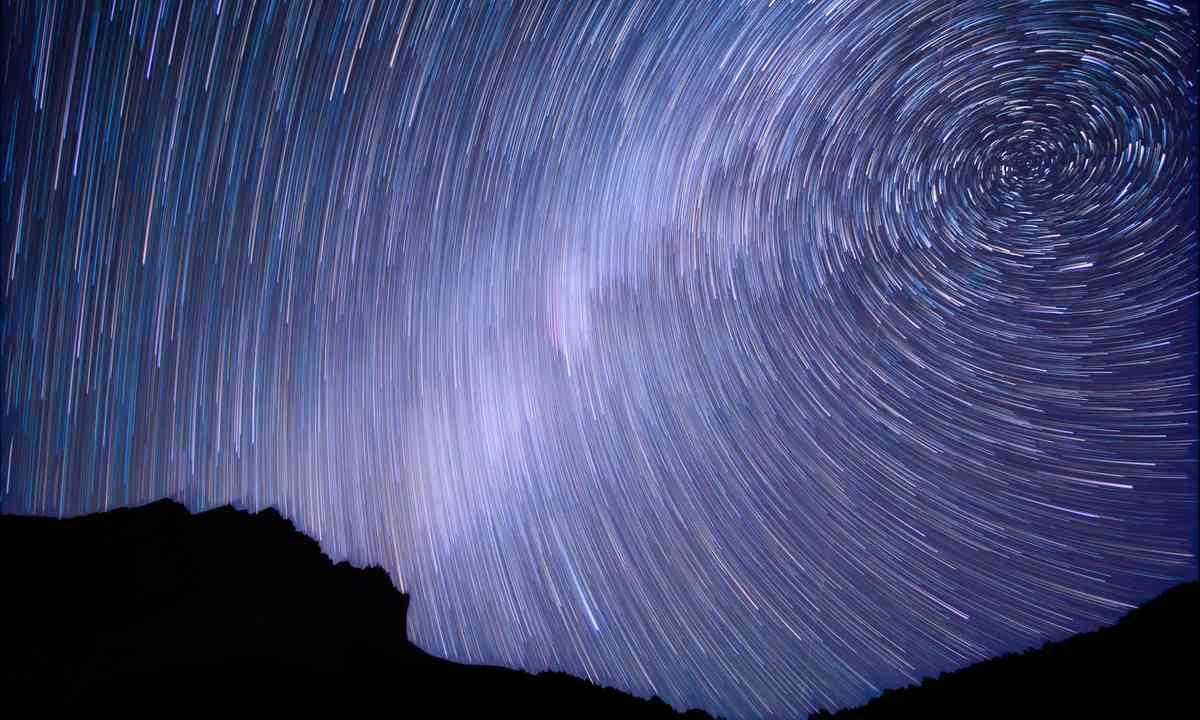 Spiral Stars (Shutterstock.com)