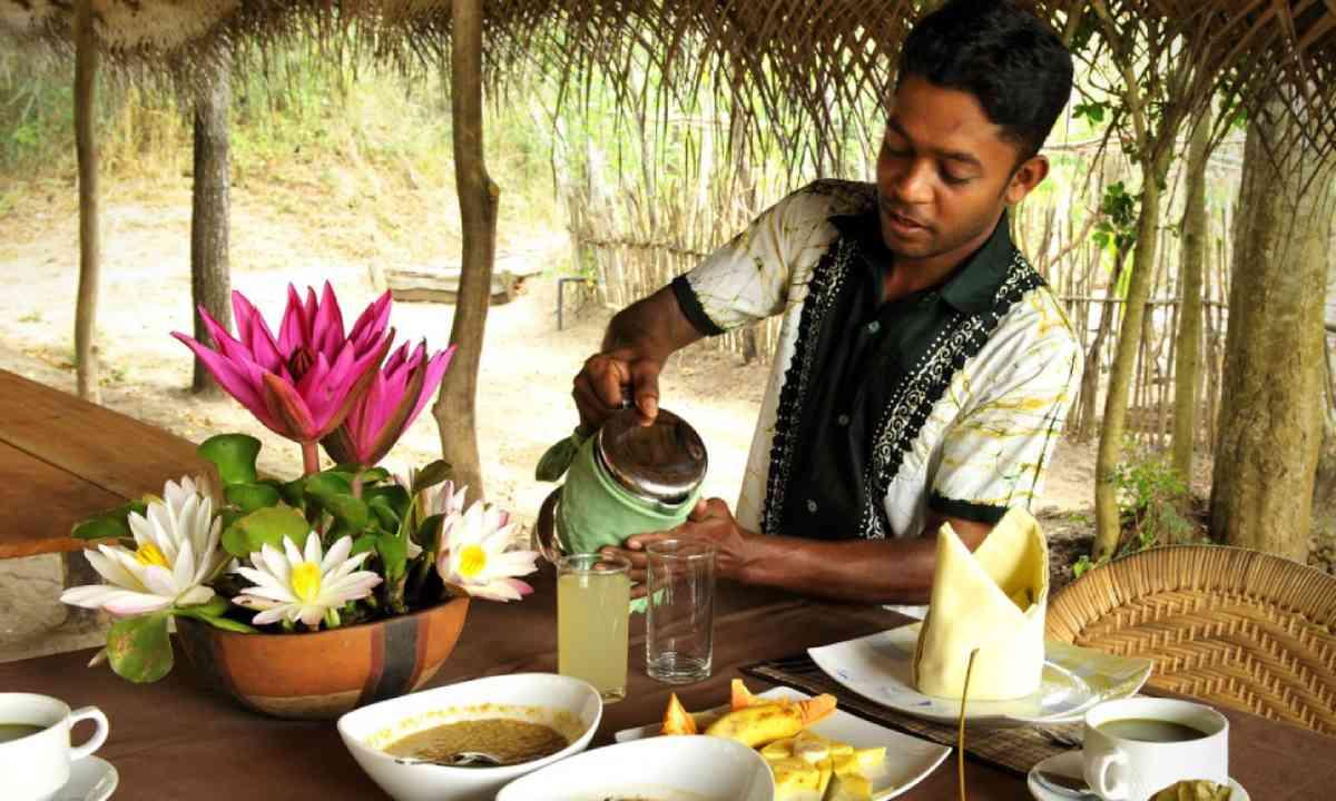 Sri Lankan breakfast at The Mudhouse