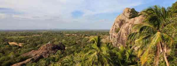 Paramakanda Rock (The Mudhouse)
