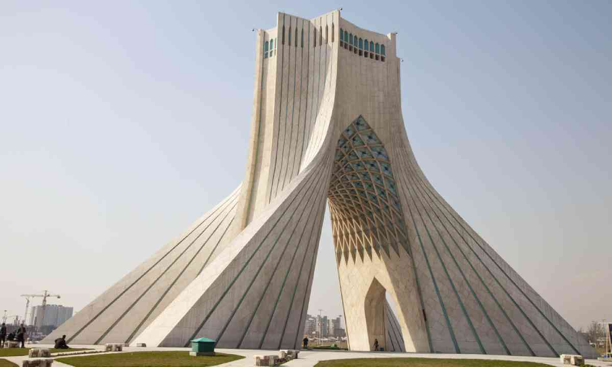 Azadi Tower (Shutterstock)
