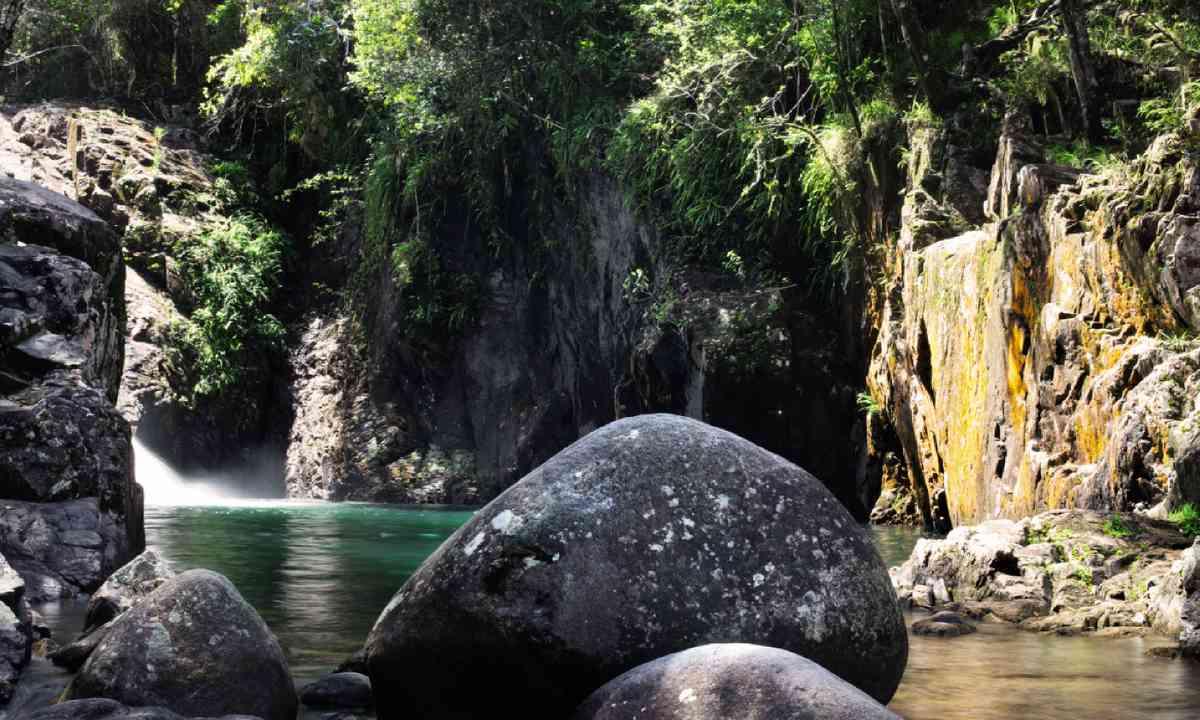 Araluen Falls (William Gray)