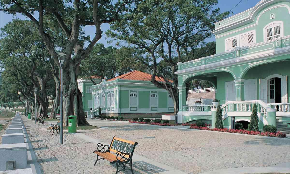 Tampa houses (Macau Tourism)