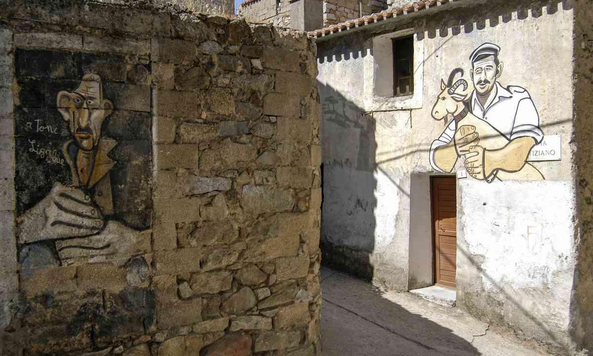 Orgosolo, Sardina (Shutterstock.com)