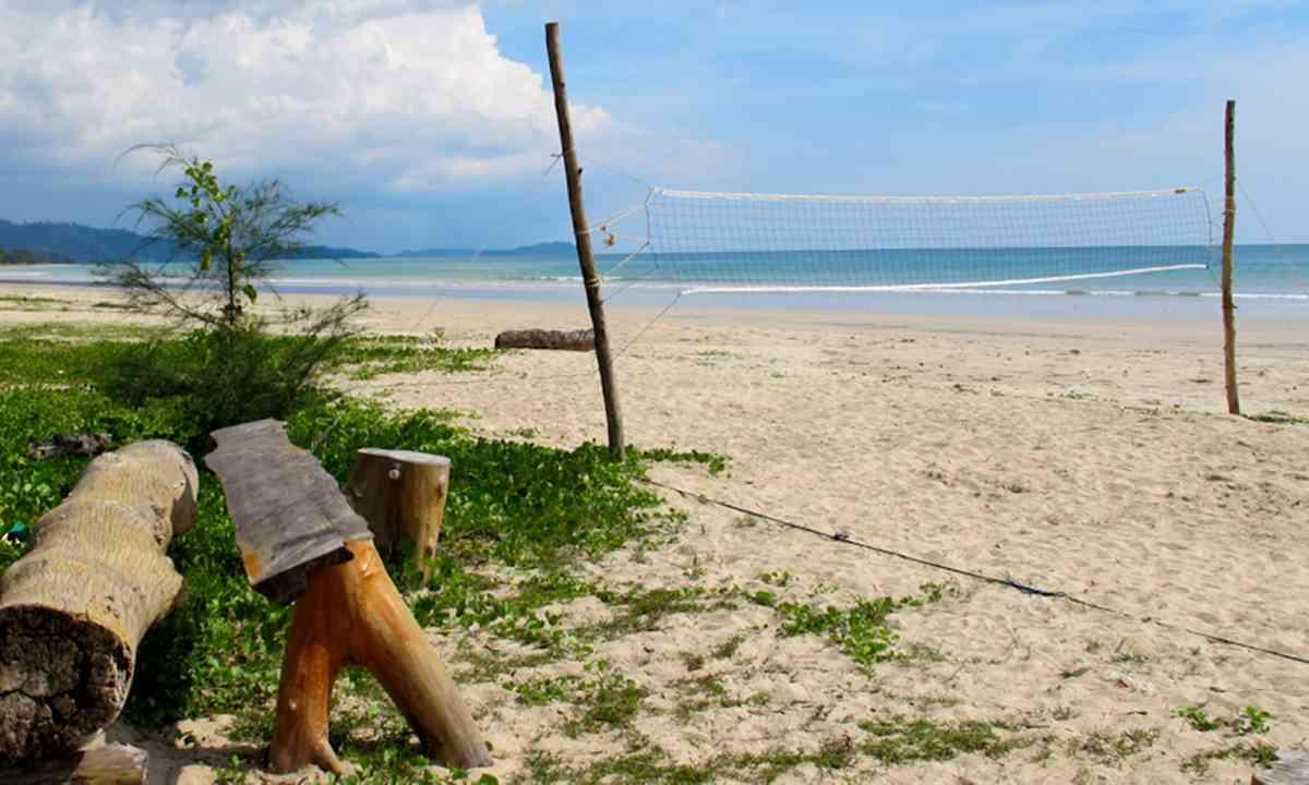 Memories Beach, Khao Lak, Thailand (Rebecca Mayoli)