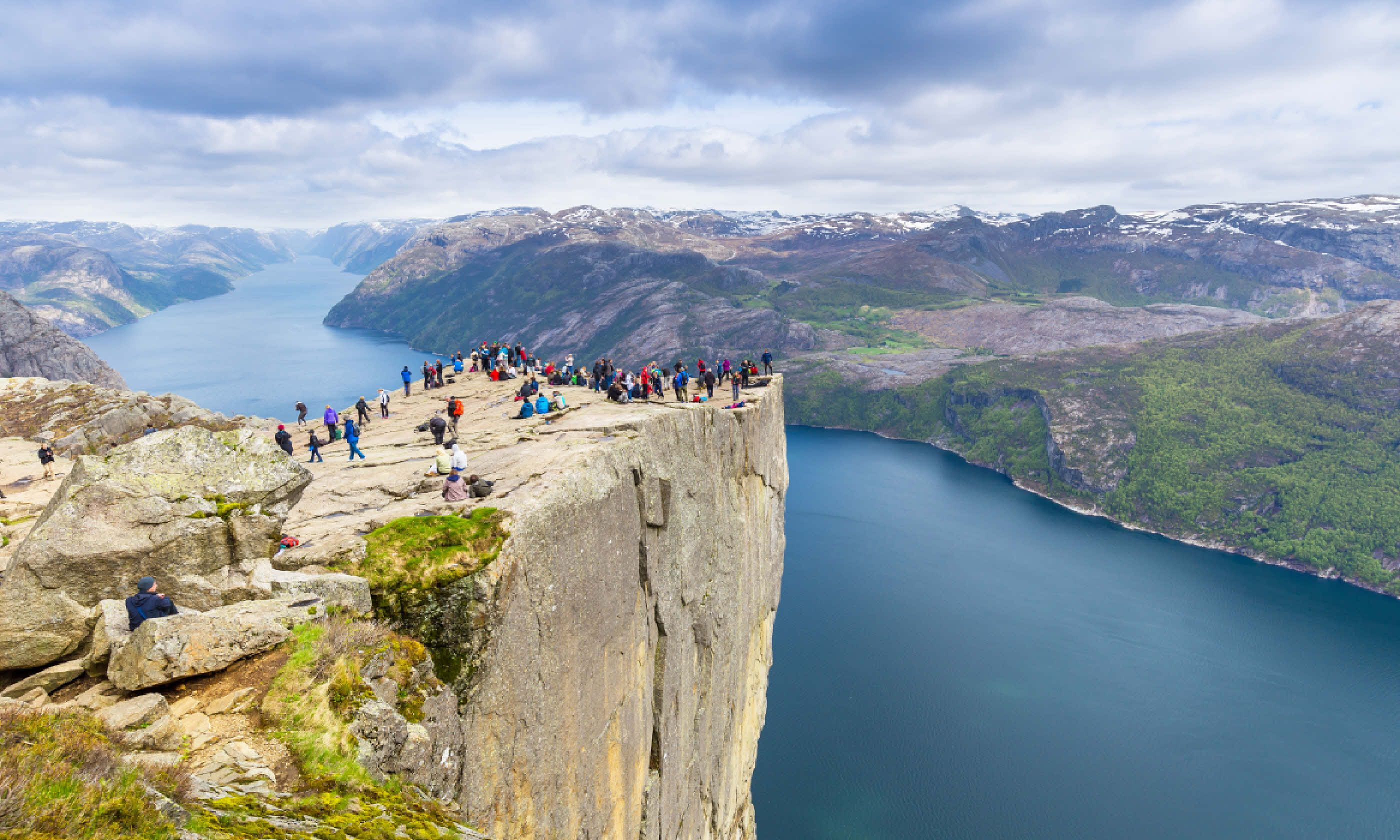 Pulpit Rock (Shutterstock)